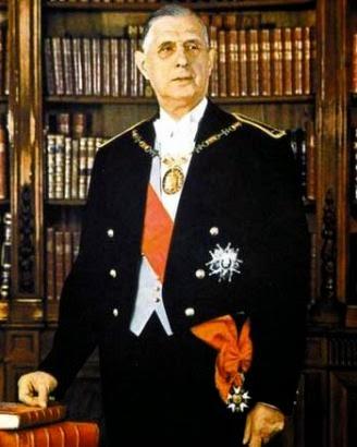 le général de gaulle LA GRANDE NATION pour le livre comme résistance tôt,vivat françois mitterrand
