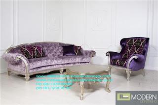 Mebel ukir jepara,Sofa ukir jepara Jual furniture mebel jepara sofa tamu klasik sofa tamu jati sofa tamu antik sofa tamu jepara sofa tamu cat duco jepara mebel jati ukir jepara code SFTM-22015 sofa ukir jepara mebel ukir jepara