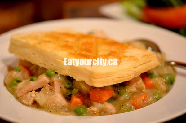Eat Your City: Vi's for Pies Edmonton, AB - homemade chicken pot pie ...