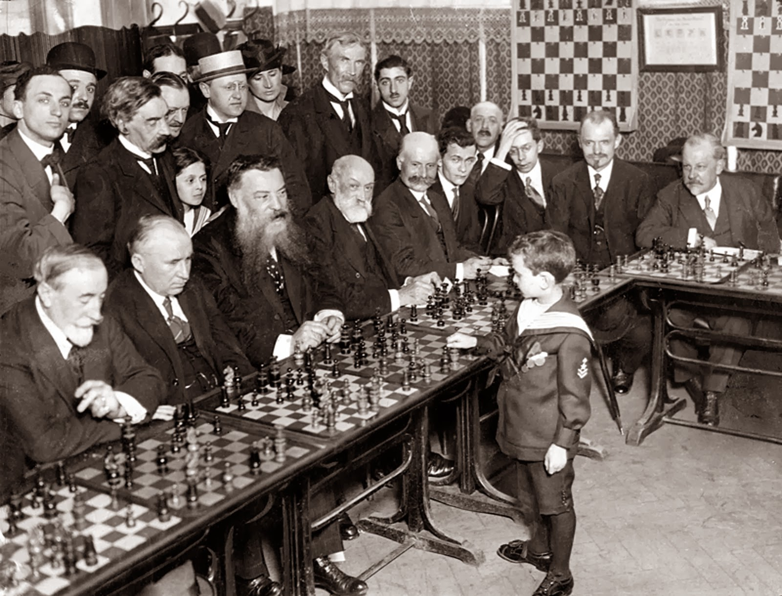 56+-+Samuel+Reshevsky+age+8+defeating+several+chess+masters+at+once+in+France+1920 - Chess Wiz - Weird and Extreme