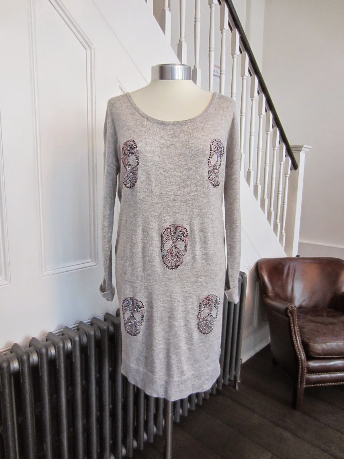 Interdée Grey Sweater Dress with Skulls