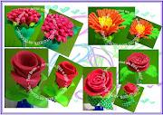 Fiz essas canetas decoradas com flores para lembrança do dias das mães (caneta flor em eva lembran dia das maes)