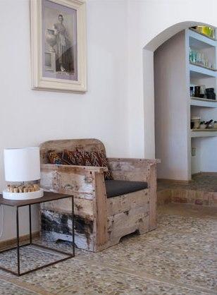sillon con madera reciclada