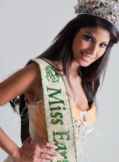 Nicole Faria,hot photo gallery