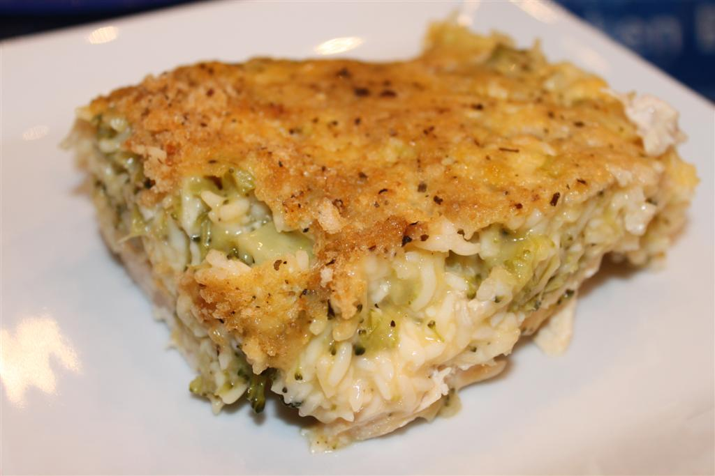 Kelly's Healthified Kitchen: Cheesy Chicken Broccoli & Rice Bake