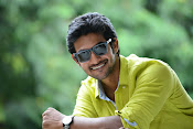 Hero Adi Handsome looking Photos Gallery-thumbnail-19
