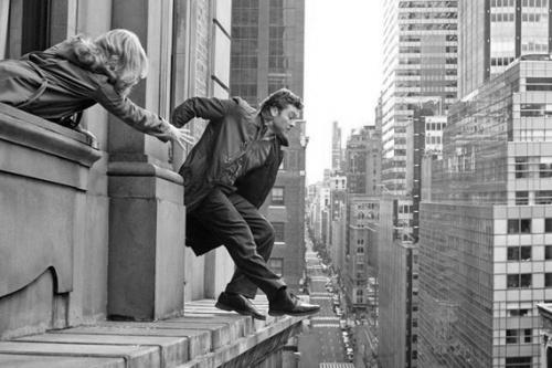C'est en écrivant qu'on devient écriveron (Raymond Queneau)