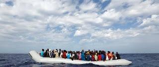 πρόσφυγες καταφθάνουν κάθε μέρα στα ελληνικά νησιά