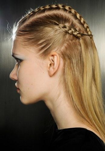 Peinados y cortes de hoy peinados de pelo suelto con trenzas - Peinados y trenzas ...