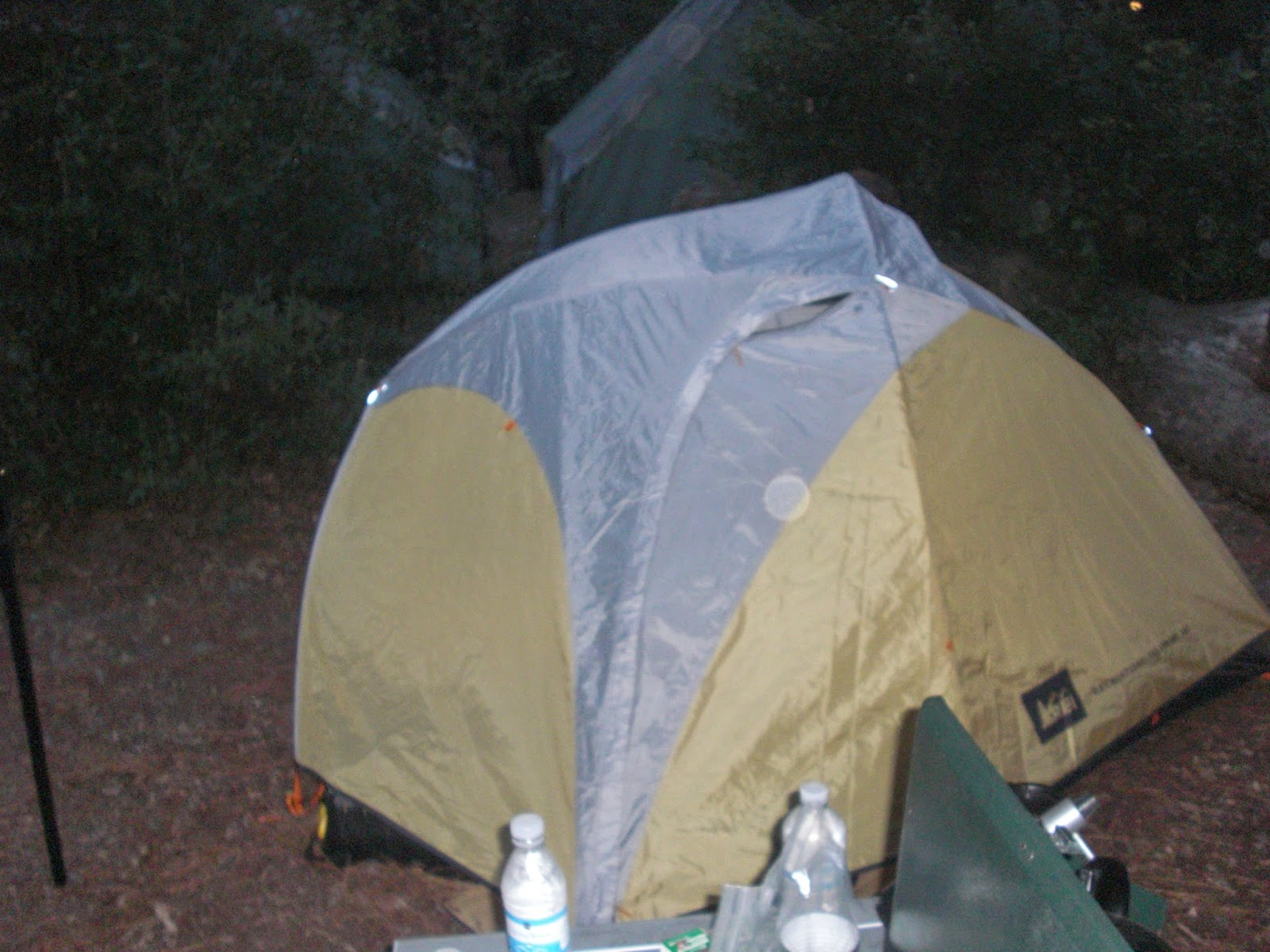 Side view of the Taj 3. Note the u0027windowu0027 on the right. & Gear Nerd: REI Taj 3 Tent