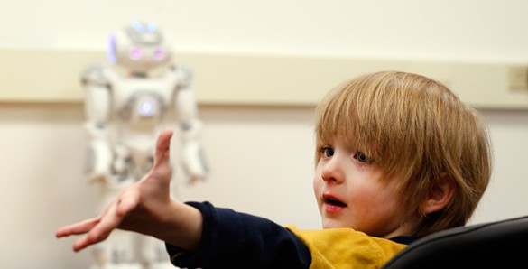 NAO, the humanoid robot who can help him kids with autism