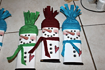 Deanne's Crafting Adventures: Snowman Hershey Bar Gifts