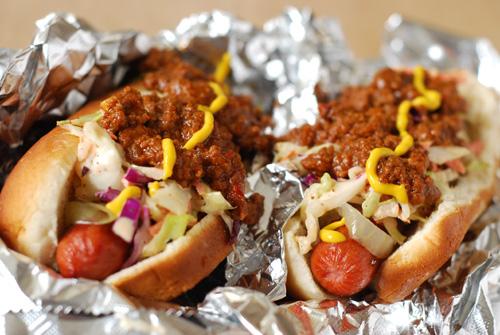 Tennessee Smoky Hot Dog, smoking hot dog, chili dog
