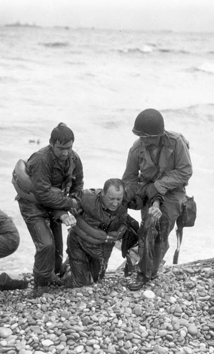 Omaha Beach - Jun 6, 1944