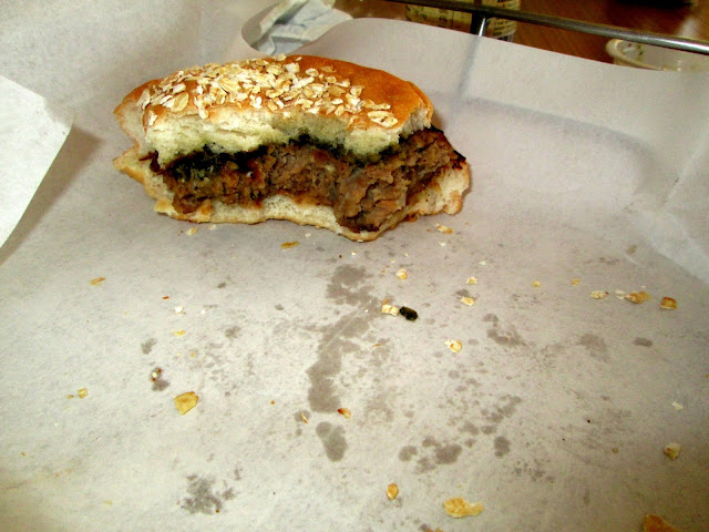 Nines vs. Food - Brothers Burger-11.jpg