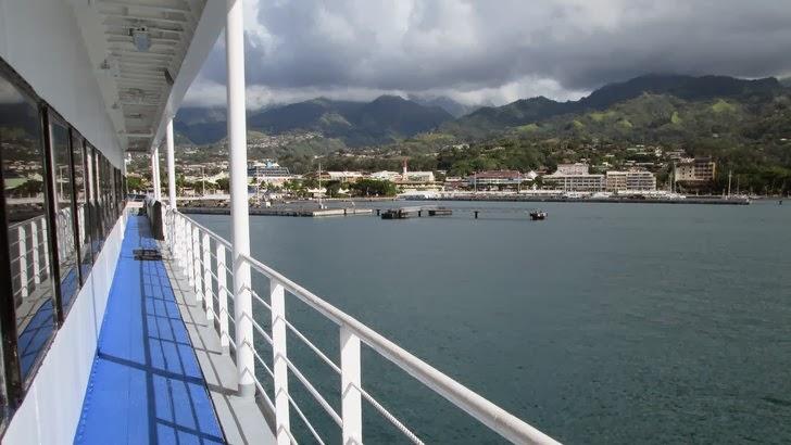 Le front de mer de Papeete vu du ferry