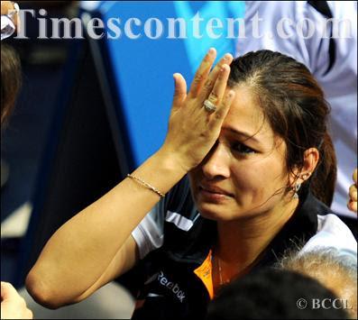 Jwala Gutta Atlet Badminton Cantik Seksi dari India