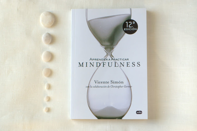 Ignatia Knits recommends Aprender a practicar mindfulness by Vicente Simón