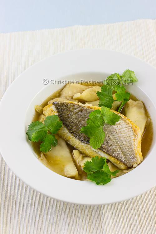 香煎魚柳配蠔菇清湯【鮮甜可口】 Snapper in Oyster Mushroom Soup