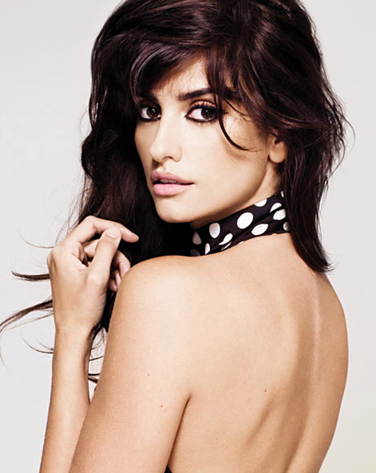 Fashionable Celebrity Hairstyle Penelope Cruz 37