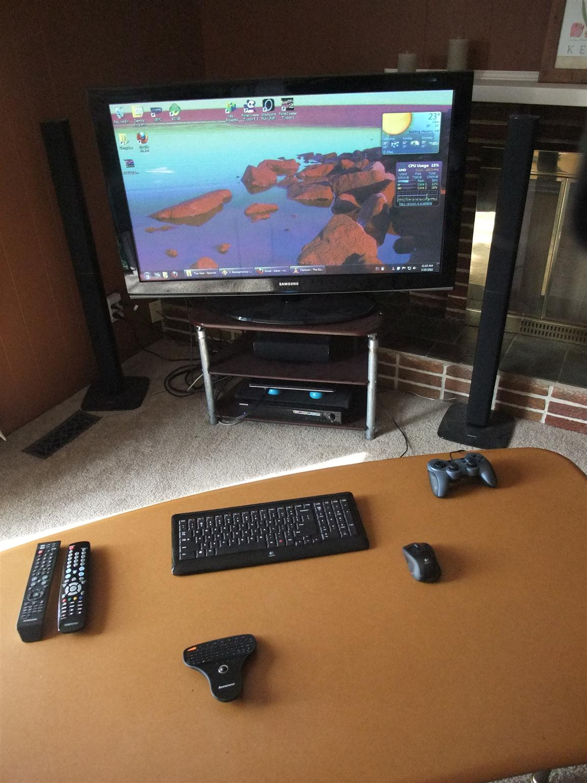 Internet tv for Living room keyboard and mouse