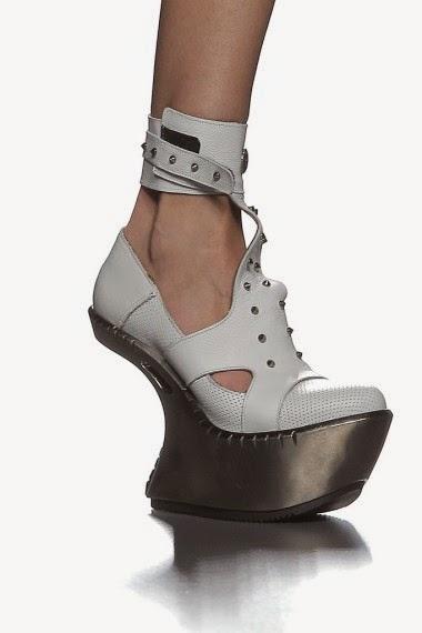 leyrevaliente-elblogdepatricia-shoes-trendalert-uglyshoes-calzado-calzature-scarpe