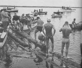 TRAVERSEE DU PORT D'ALGER A LA NAGE (25/08/1949)