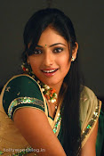 Hari Priya in Half Saree Photo Stills in Pilla Zamindar-thumbnail-12