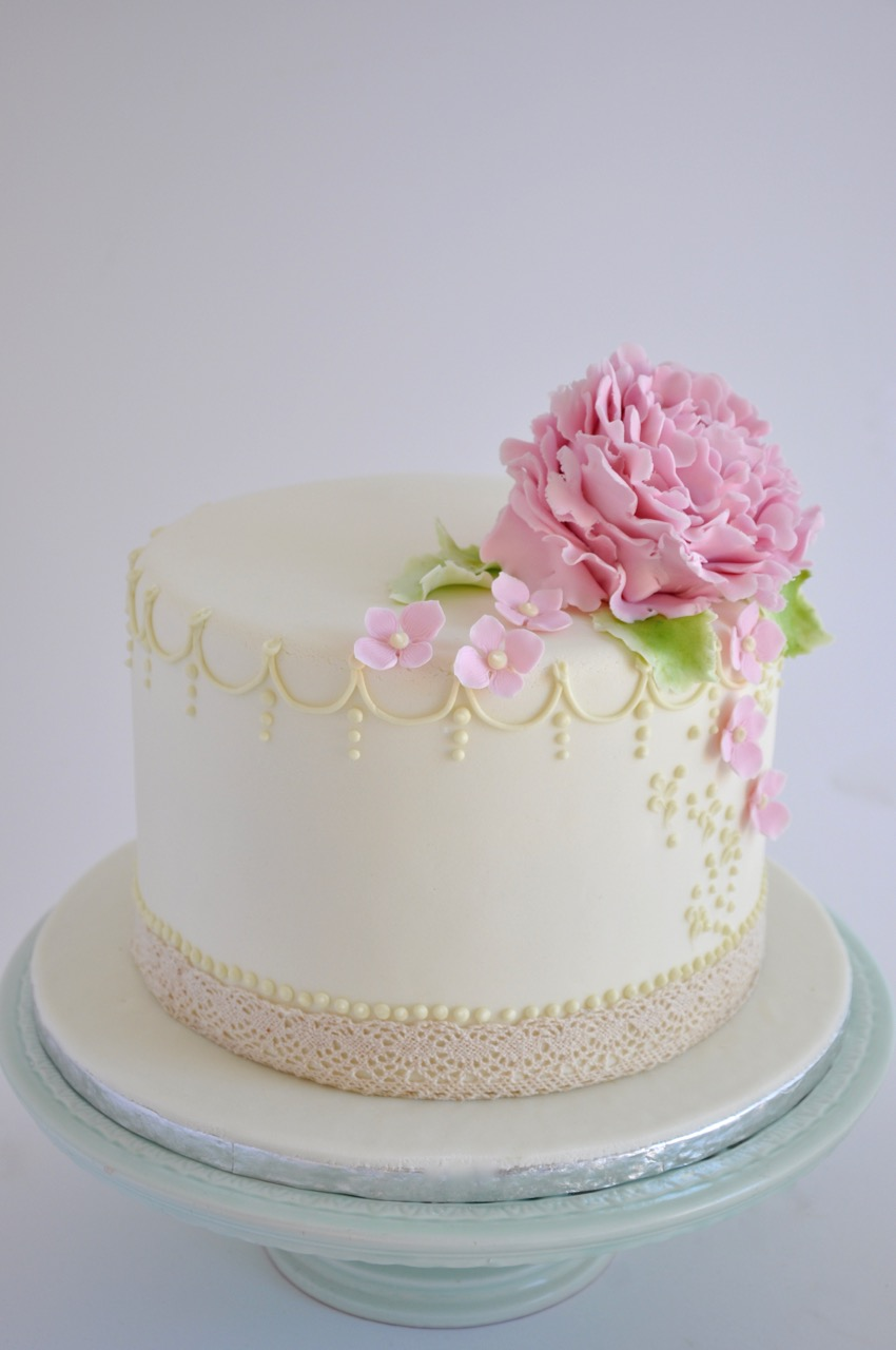 rozanne 39 s cakes one tier peony wedding cake. Black Bedroom Furniture Sets. Home Design Ideas
