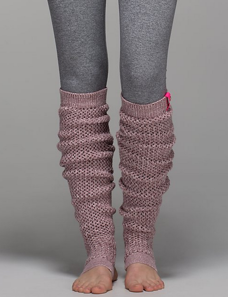 http://www.anrdoezrs.net/links/7680158/type/dlg/http://shop.lululemon.com/products/clothes-accessories/women-socks-and-underwear/Mind-Your-Practice-Leg-Warmer?cc=17450&skuId=3589855&catId=women-socks-and-underwear