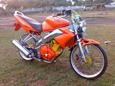 Modivikasi Motor Vixion Warna Orange Velg Jari-Jari Keren