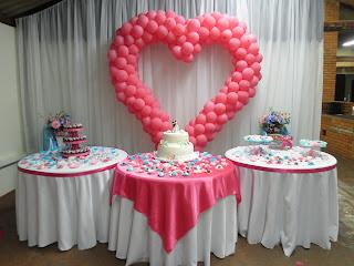 como decorar o salão do casamento sem gastar muito