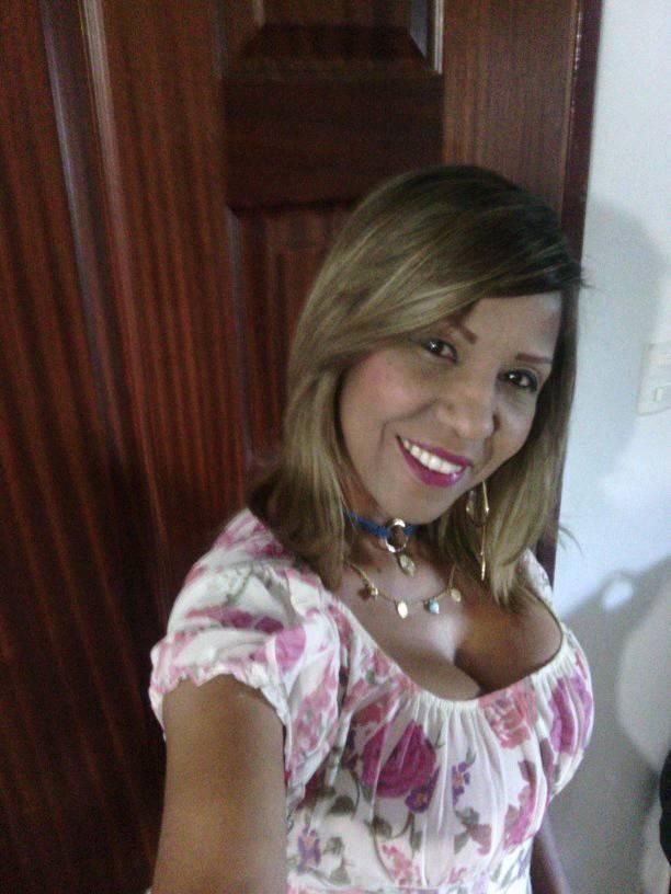 BELLEZA  Y  NEGRITUD