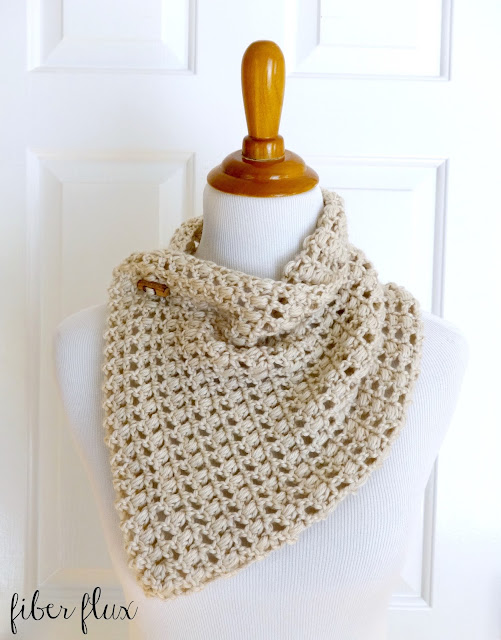 Free Knitting Patterns Cowls With Buttons : Fiber Flux: Free Crochet Pattern...French Vanilla Button Cowl!