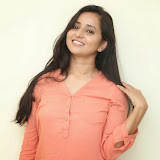 Ishika Singh New Photos 104