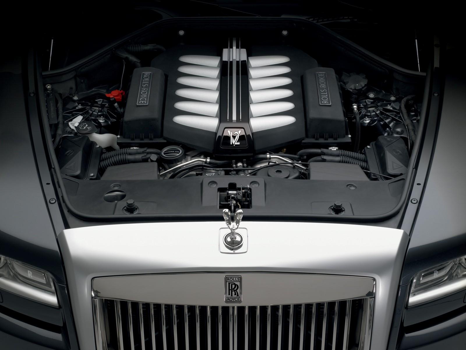 http://1.bp.blogspot.com/-ubb8A-TIdC8/TbceSvbOEDI/AAAAAAAAQUI/ty3XXCTbxSo/s1600/2010-Rolls-Royce-Ghost-09-1600x1200.jpg