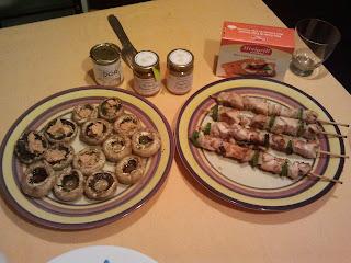 cena brochetas pollo y champiñones con foie