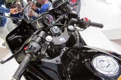 Setang Yamaha R15