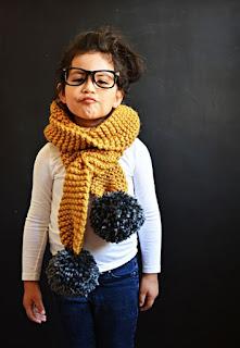 écharpe-facile-tricot-pompon