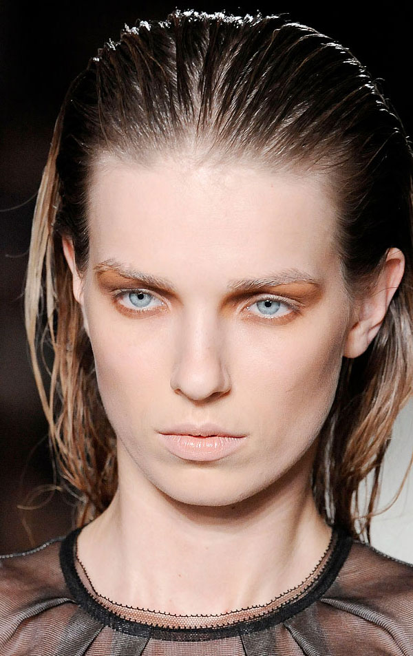 model-intimnoy-pricheski