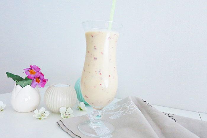 Nektarinen-Joghurt Smoothie