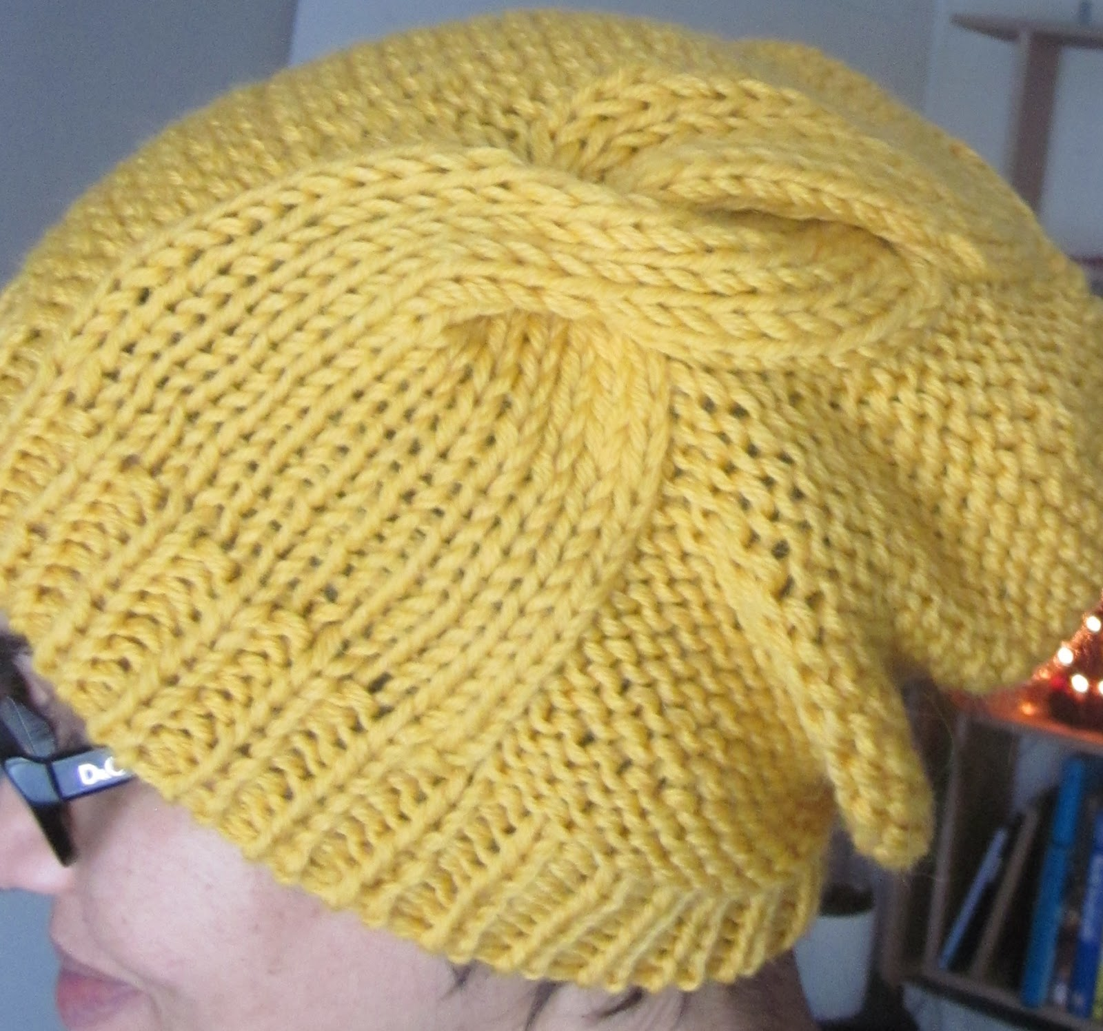Knitting Hat Patterns Round Needles : Karn Knits: Updated Double Twist Hat pattern!