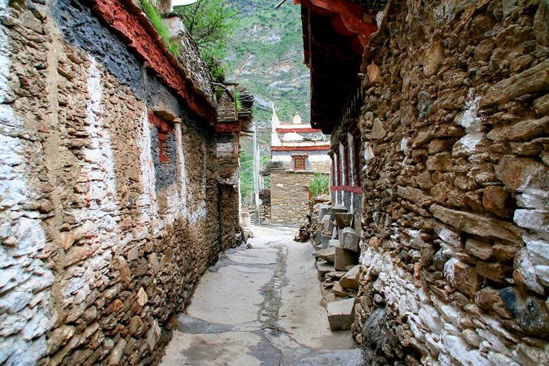 Danba Chongchong, Medog, Nyingchi, China