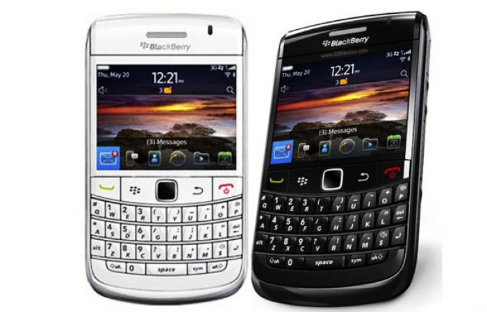 hold your world with blackberry 6 os on the blackberry bold 9780
