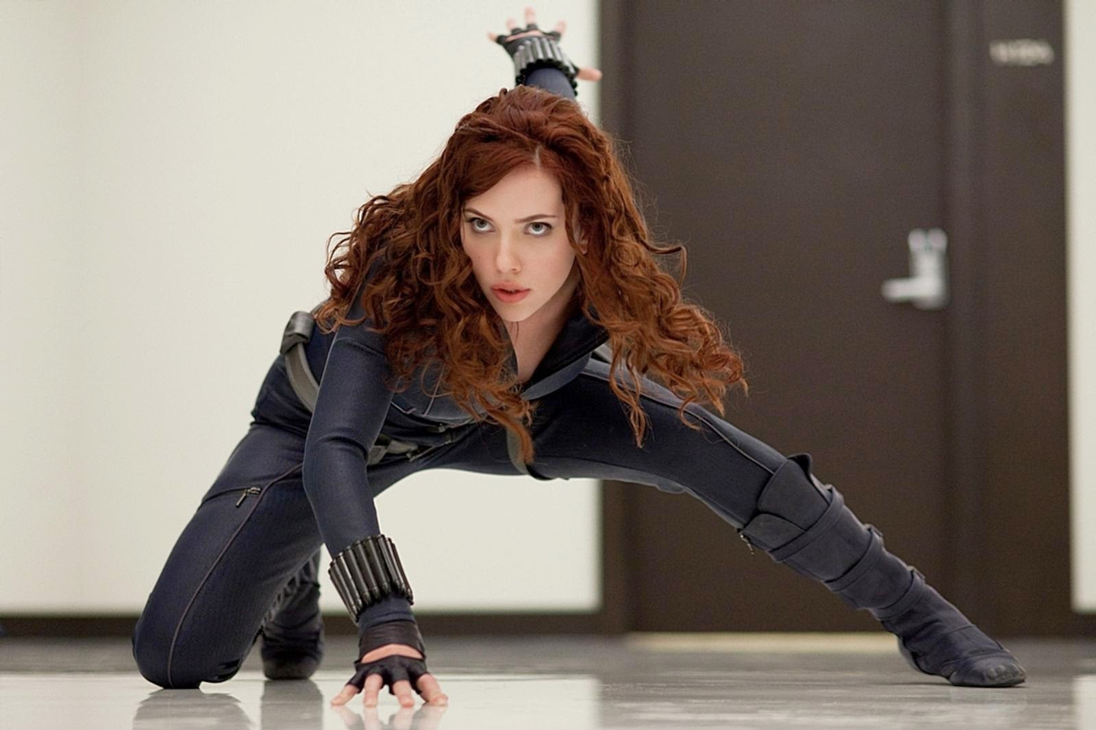 Iron Man 2: Scarlett Johansson as Natasha Romanoff   | A Constantly Racing Mind