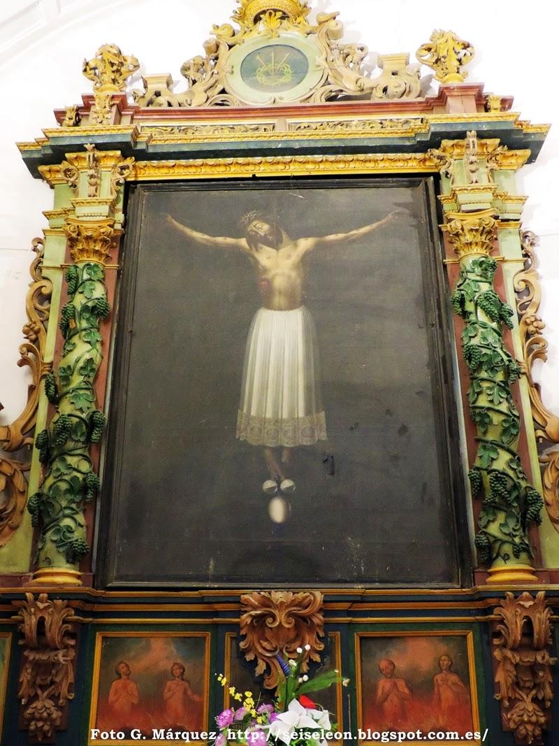 Cristo de San Agustín o Cristo de Burgos. Cofradía de las Benditas Animas. Iglesia de Santa Marina. León. Foto G. Márquez