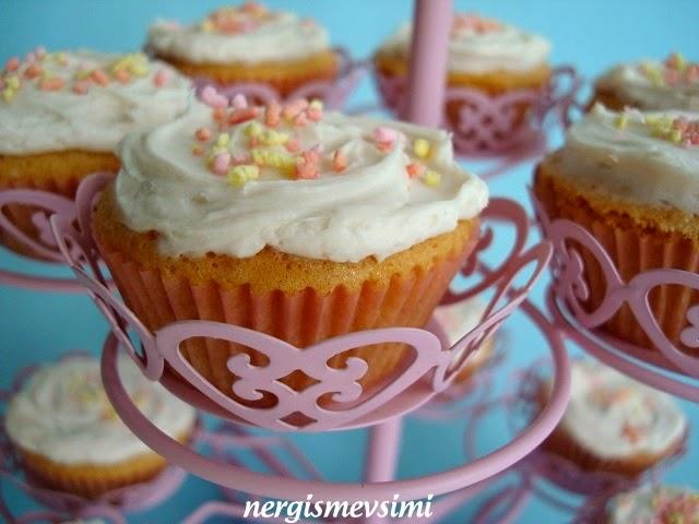 Bir cupcake Stolichny nasıl pişirilir 22