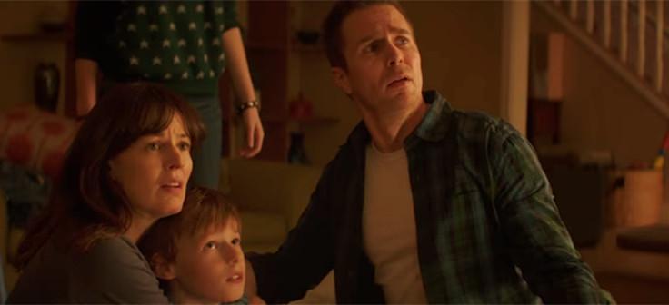 Sinopsis Film Horror Poltergeist 2015 (Sam Rockwell, Rosemarie DeWitt, Jared Harris)