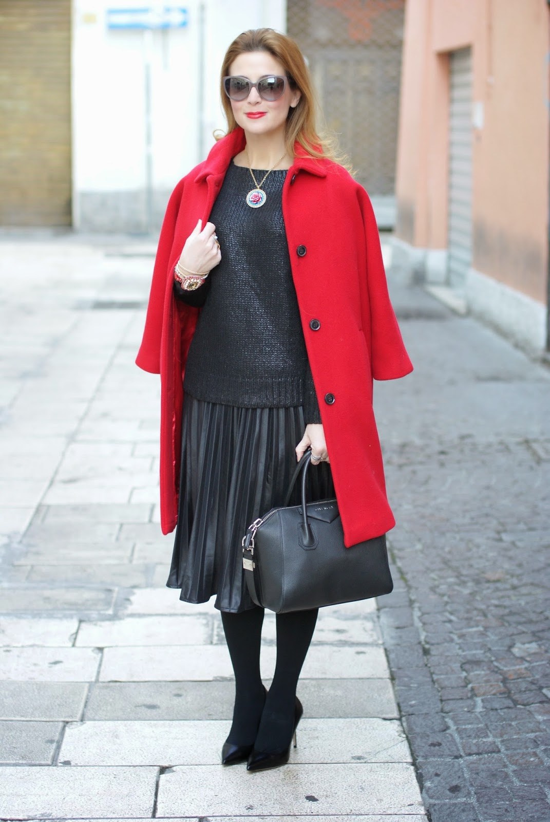 red Kiomi coat, Baracuta scarf, Le Silla shoes, Givenchy Antigona bag, Fashion and Cookies, fashion blogger