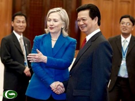 Thủ tướng Nguyễn Tấn Dũng và Ngoại trưởng Mỹ Hillary Clinton